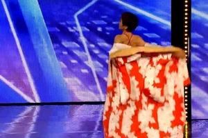 70-летняя японка поразила судей эротическим танцем на шесте