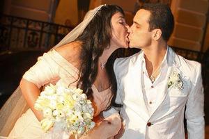 Статус Свободен: Лолита Милявская сообщила о расставании с мужем