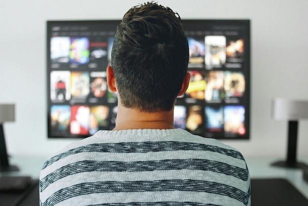 Вся правда про отключение спутникового ТВ. За что украинцам придется платить